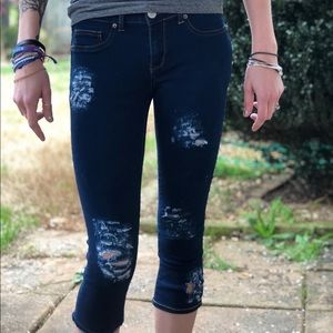 Cropped skinny  jeans!! 